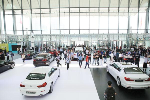 Thu hút khách hàng tiềm năng ô tô cho doanh nghiệp của bạn